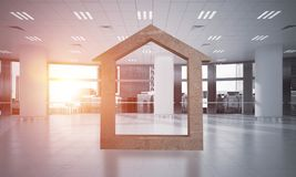 A imagem de fundo conceptual de home concreto assina dentro o interior moderno do escritório Imagem de Stock Royalty Free