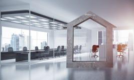 A imagem de fundo conceptual de home concreto assina dentro o offi moderno Imagens de Stock