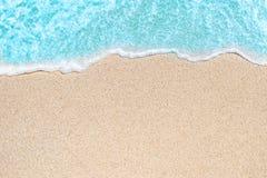 Imagem de fundo da onda macia do oceano azul no Sandy Beach Oce Foto de Stock Royalty Free