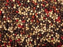 Imagem de fundo de grãos de pimenta misturados Imagens de Stock