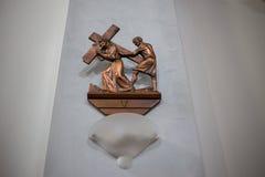 Imagem de Jesus que leva a cruz Foto de Stock Royalty Free