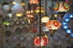 Imagem de lanternas árabes iluminadas do mosaico imagens de stock