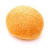 Imagem do bolo para o Hamburger no fundo branco imagens de stock