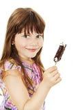 Imagem do close up de uma menina com gelado fotografia de stock royalty free