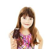 Imagem do close up de uma menina com gelado fotografia de stock