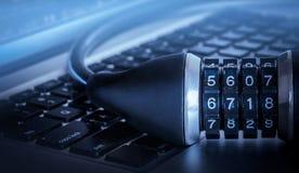 Imagem do conceito do fechamento da segurança informática fotografia de stock