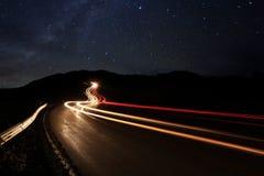Imagem do lapso de tempo das estrelas da noite imagens de stock royalty free