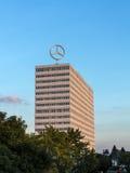 Imagem do logotipo de Mercedes Benz sobre Imagem de Stock