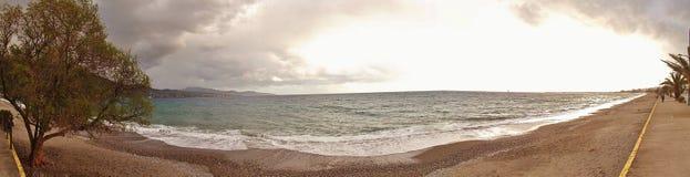 Imagem do panorama da baía de Messinian em Kalamata, Peloponnese, Grécia fotografia de stock