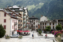 Imagem do quadrado na cidade Chamonix-Mont-Blanc Imagem de Stock Royalty Free