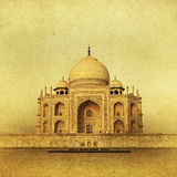 Imagem do vintage de Taj Mahal no nascer do sol, Agra, Índia Foto de Stock