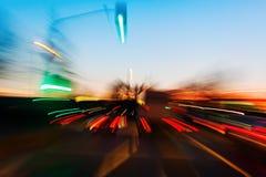 Imagem do zumbido do tráfego da noite foto de stock royalty free