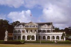 Imagem dos anos 60 do vintage do palácio do regulador em Paramaribo, Suriname Fotos de Stock Royalty Free