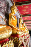Imagem dourada da monge da Buda Fotografia de Stock