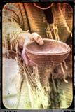 Imagem envelhecida do mendigo copo de madeira Fotos de Stock
