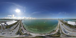 Imagem 360 equirectangular disparada de Miami barco internacional Fotos de Stock
