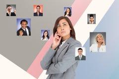 Imagem gerada Digital da mulher de negócios do pensamento que procura o resourcing humano fotos de stock