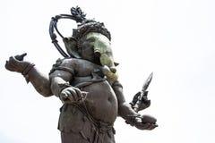 Imagem grande da estátua de Ganesha na ação ereta em Tailândia Foto de Stock