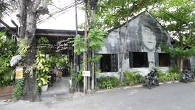 Imagem John Lennon na parede video estoque
