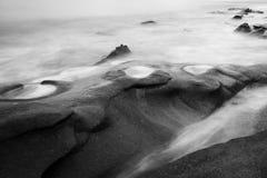 Imagem preto e branco dos reis Praia Imagens de Stock Royalty Free