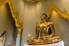 Imagem pura da Buda do ouro em Wat Traimit, Banguecoque, Tailândia Imagem de Stock