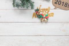 Imagen aérea de la visión de arriba de decoraciones y del concepto de la Feliz Año Nuevo de los ornamentos Foto de archivo libre de regalías