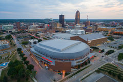 Imagen aérea del Wells Fargo Arena Des Moines Iowa Imágenes de archivo libres de regalías