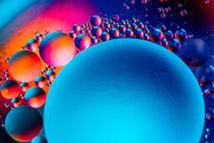 Imagen cient?fica de la membrana celular Macro para arriba de sustancias l?quidas Estructura abstracta del ?tomo de la mol?cula B fotos de archivo libres de regalías