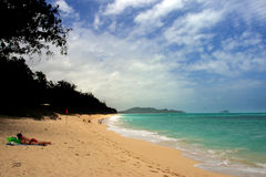 Imagen común de la bahía de Maunalua, Oahu, Hawaii foto de archivo