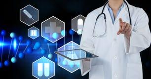 Imagen compuesta de Digitaces de iconos médicos del doctor Imagen de archivo libre de regalías