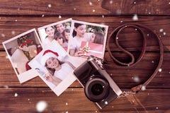 Imagen compuesta de la escritura de la Navidad del padre con una canilla foto de archivo