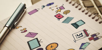 Imagen compuesta de la imagen compuesta de los iconos del ordenador sobre el fondo blanco Imágenes de archivo libres de regalías
