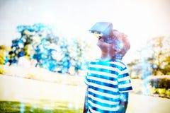 Imagen compuesta de la matriz negra y azul digital generada fotos de archivo