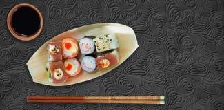Imagen compuesta de la opinión de alto ángulo de la comida japonesa fresca Imagen de archivo libre de regalías