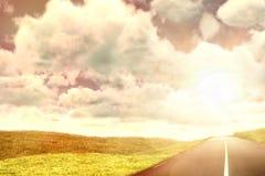Imagen compuesta de la vista del revestimiento contra el cielo Fotografía de archivo