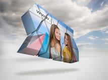 Imagen compuesta de las muchachas que hacen compras en la pantalla abstracta Imagenes de archivo