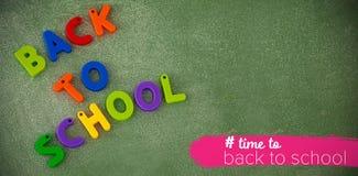 Imagen compuesta de nuevo al texto de escuela con el hashtag Fotografía de archivo libre de regalías