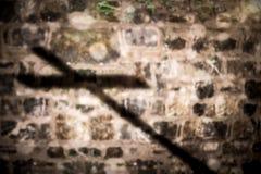 Imagen compuesta del cierre para arriba de la cruz de madera 3d Imagen de archivo