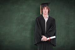 Imagen compuesta del estudiante en traje graduado Imagenes de archivo