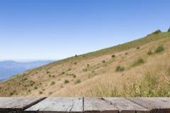imagen de falta de definición del Mountain View en Kew Mae Pan Nature Trail y x28; Doi internacional Fotografía de archivo