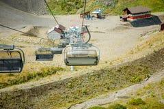 Imagen de funicular en la ladera Foto de archivo libre de regalías