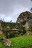 Imagen de HDR de la casa inglesa de la pequeña ciudad Foto de archivo