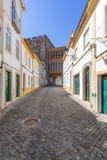 Imagen de la calle que eso lleva a la entrada del castillo de la ciudad de Portalegre Foto de archivo libre de regalías