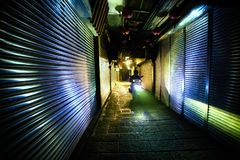 Imagen de la escena de la noche de la calle de Jiufen, Taiwán, después de horas de trabajo imágenes de archivo libres de regalías