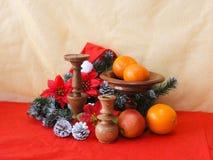 Imagen de la Navidad con verde y el candelero del abeto Foto de archivo
