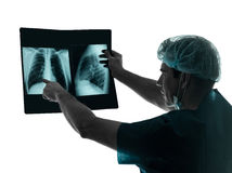 Imagen de la radiografía del radiólogo del cirujano del doctor Imagenes de archivo