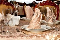 Imagen de la tabla servida en restaurante Fotos de archivo