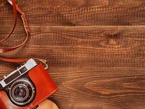 Imagen de la visión superior de la cámara vieja del vintage Fotos de archivo