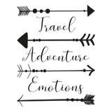 Imagen de las flechas del nativo americano en un fondo ligero con el viaje de la inscripción, aventura, emoción del vector Illu b stock de ilustración