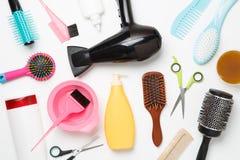 Imagen de los accesorios peluquero, secador de pelo, peines Imagen de archivo libre de regalías